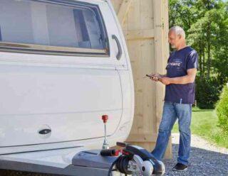 Uw Caravan Comfortabel Op Zijn Plek Zetten Doet U Met Een Caravanmover Van De Jong Uit Hattem